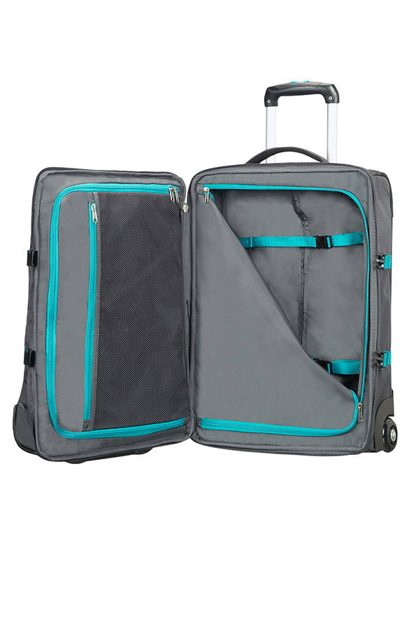American Tourister Road Quest Duffle with Wheels S